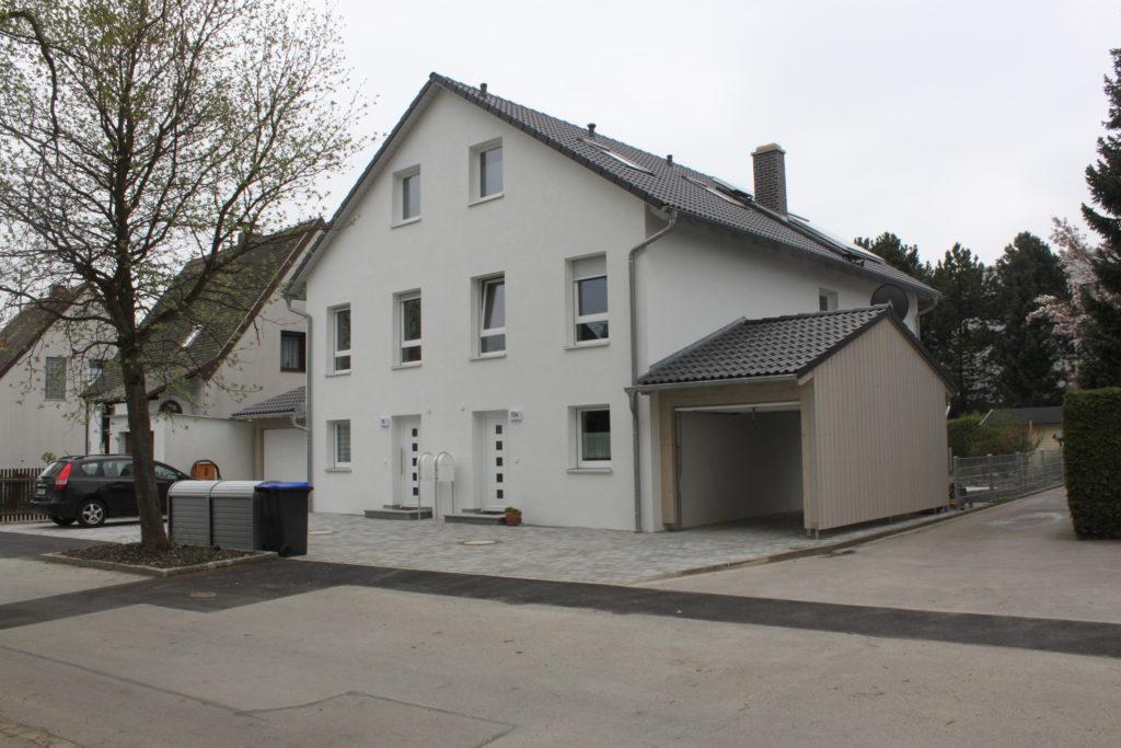 Doppelhaus bauen mit Rötzer: So sieht ein fertiges Doppelhaus später aus