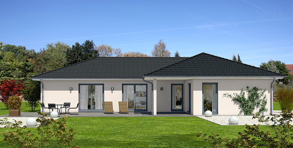 L-förmiger Bungalow von Rötzer-Ziegel-Element-Haus