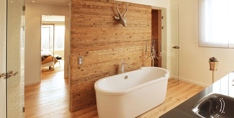 Luftfeuchtigkeit in Wohnräumen - das Badezimmer im Rötzer Musterhaus Poing