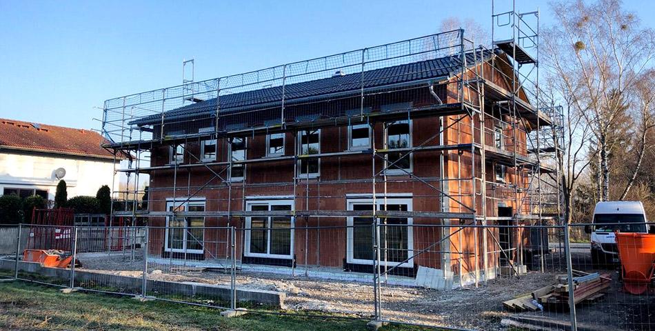 Bodenplatten Aufbau - Hausübergabe München ohne Keller Baustand
